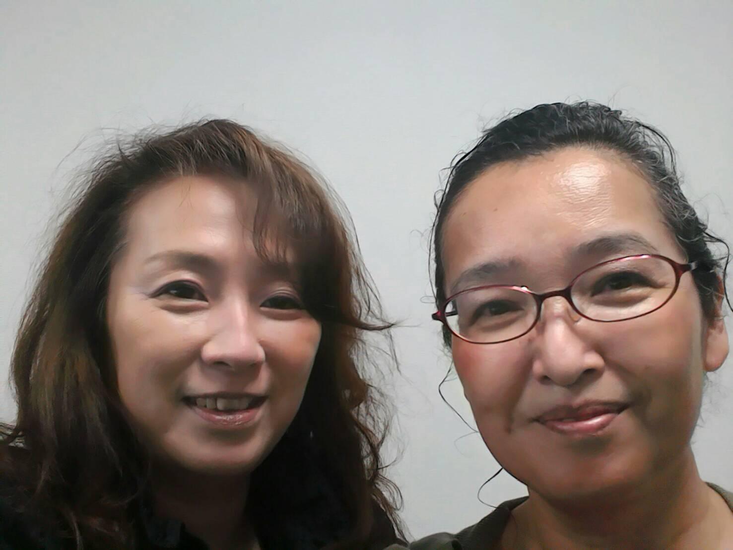 星野直子(左)/丸田なるみ(右)